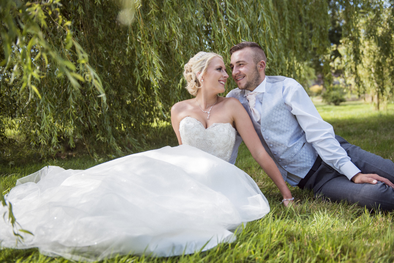 London Wedding Photography - natural and timeless wedding photography in Preston, Lancashire UK and Europe